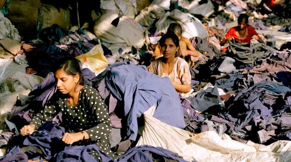 coste producción ropa